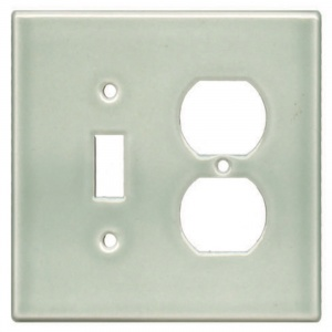 Outlet - 2 Plug & Traditional Single