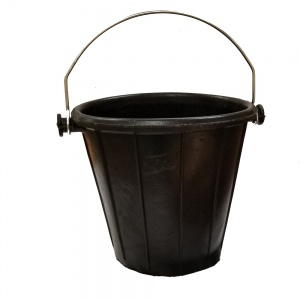 7.9 Gallon Rubber Bucket with Handle